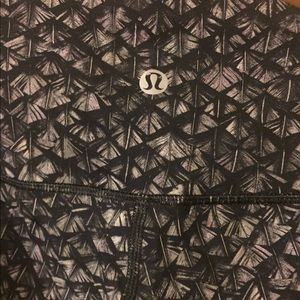 "Lululemon ""like-new"" workout pants"